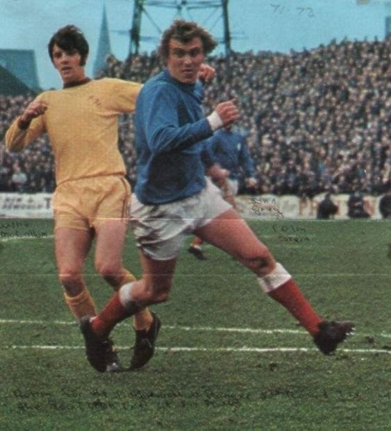 Motherwell 2 Rangers 2 in Oct 1969 at Fir Park. Colin Stein, scored 2 goals in this match, comes forward for Rangers in the Scottish 1st Division.