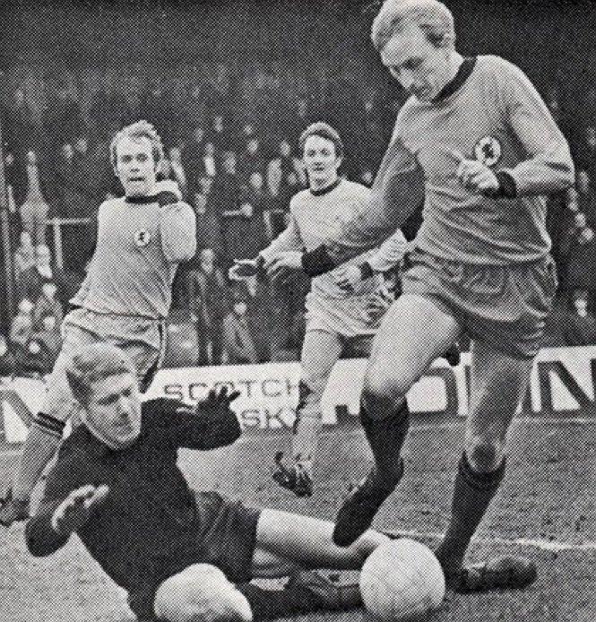 Keig MacRae v Dundee Utd 21.10.1967.jpg