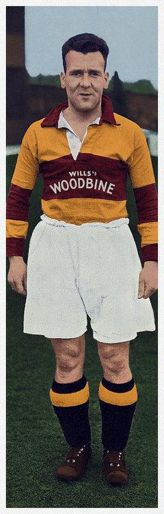 1931-32 Woodbine kit.jpg